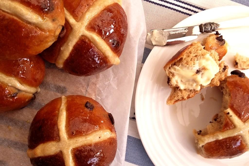 The Epsom Bakehouse chocolate orange cardamom hot cross bun recipe